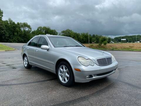 2004 Mercedes-Benz C-Class for sale at Tennessee Valley Wholesale Autos LLC in Huntsville AL