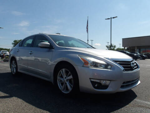 2015 Nissan Altima for sale at TAPP MOTORS INC in Owensboro KY