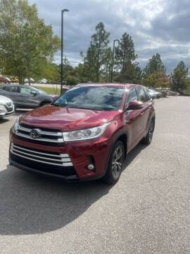 2017 Toyota Highlander for sale at PHIL SMITH AUTOMOTIVE GROUP - Pinehurst Nissan Kia in Southern Pines NC