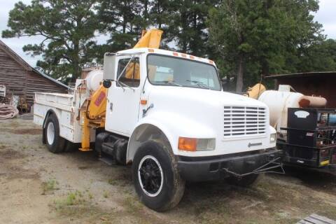 1992 International 4900 for sale at Vehicle Network - Davenport, Inc. in Plymouth NC