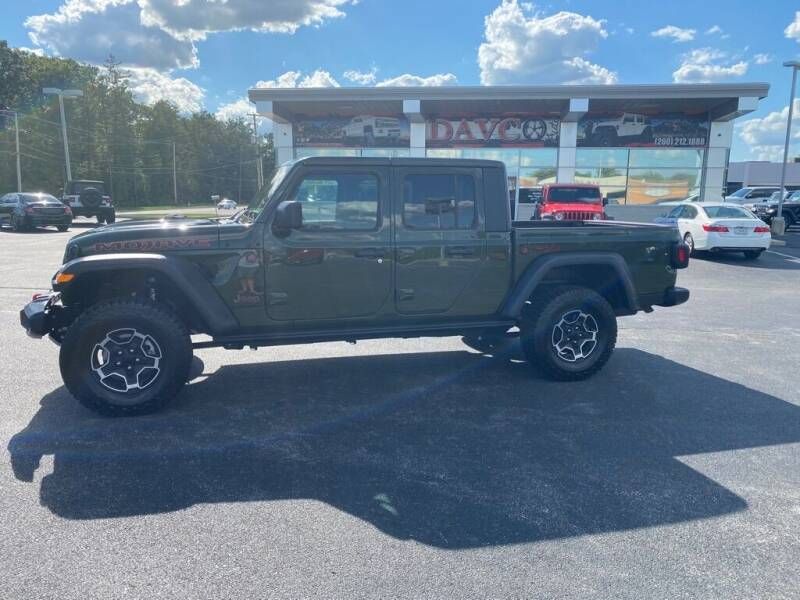2021 Jeep Gladiator for sale at Davco Auto in Fort Wayne IN