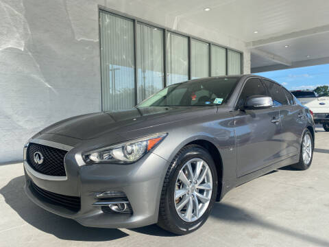 2015 Infiniti Q50 for sale at Powerhouse Automotive in Tampa FL
