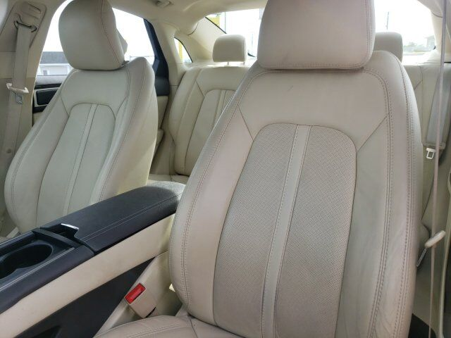 2014 Lincoln MKZ 16