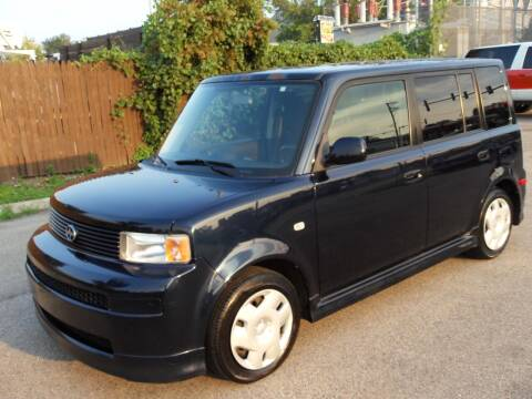 2005 Scion xB for sale at GLOBAL AUTOMOTIVE in Grayslake IL