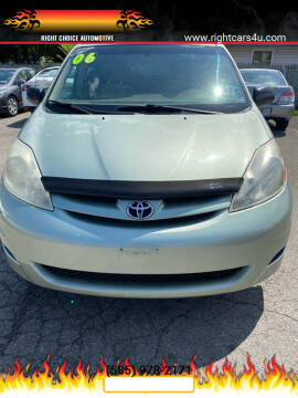 2006 Toyota Sienna for sale at Right Choice Automotive in Rochester NY