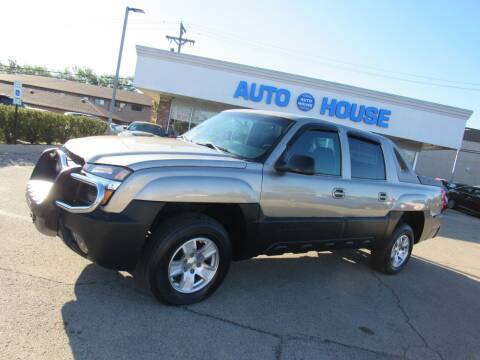 2002 Chevrolet Avalanche for sale at Auto House Motors in Downers Grove IL