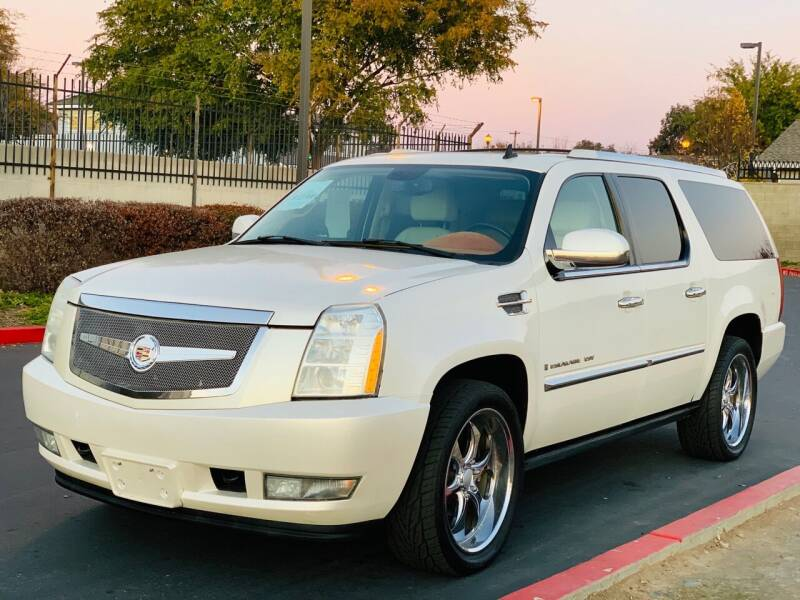 2008 Cadillac Escalade ESV for sale at United Star Motors in Sacramento CA