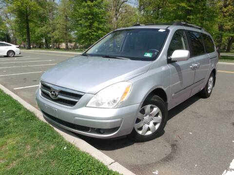 2008 Hyundai Entourage for sale at Reliable Auto Sales in Roselle NJ