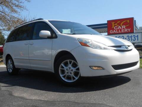2006 Toyota Sienna for sale at KC Car Gallery in Kansas City KS