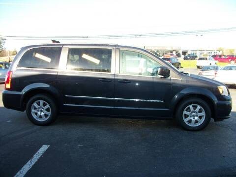 2013 Chrysler Town and Country for sale at Lentz's Auto Sales in Albemarle NC