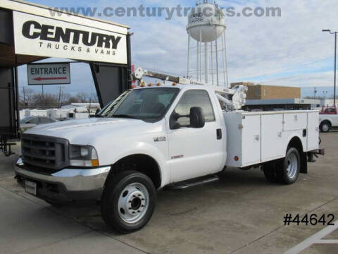 2003 Ford F-550 Super Duty for sale at CENTURY TRUCKS & VANS in Grand Prairie TX