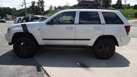 2007 Jeep Grand Cherokee for sale at G AND J MOTORS in Elkin NC