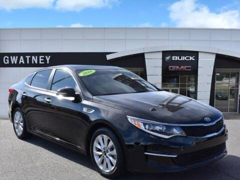 2018 Kia Optima for sale at DeAndre Sells Cars in North Little Rock AR