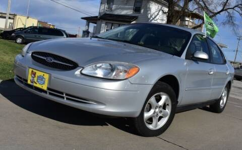 2001 Ford Taurus for sale at QUAD CITIES AUTO SALES in Milan IL
