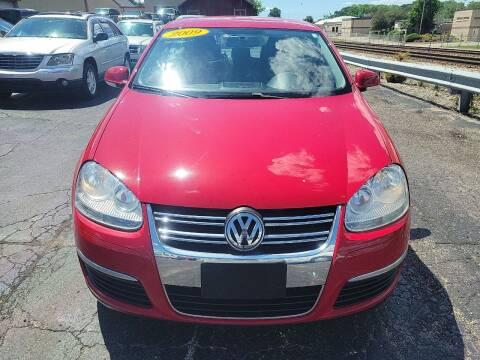 2009 Volkswagen Jetta for sale at Discovery Auto Sales in New Lenox IL