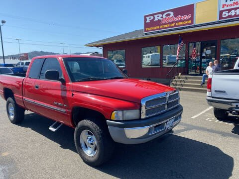 2000 Dodge Ram Pickup 1500 for sale at Pro Motors in Roseburg OR