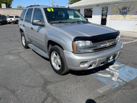 2007 Chevrolet TrailBlazer for sale at Robert Judd Auto Sales in Washington UT