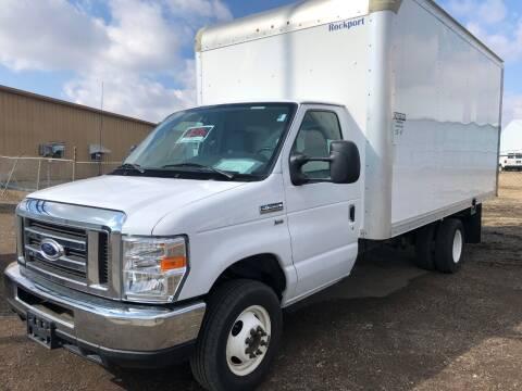 2015 SOLD.....Ford 16' Cube Van 59,760mi LIKE NEW