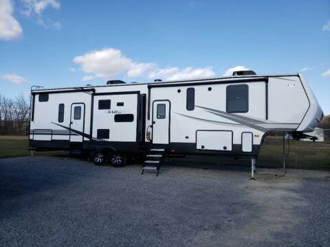 2021 CRUISER CROSSROADS for sale at White Auto Sales Inc - Campers in Summersville WV