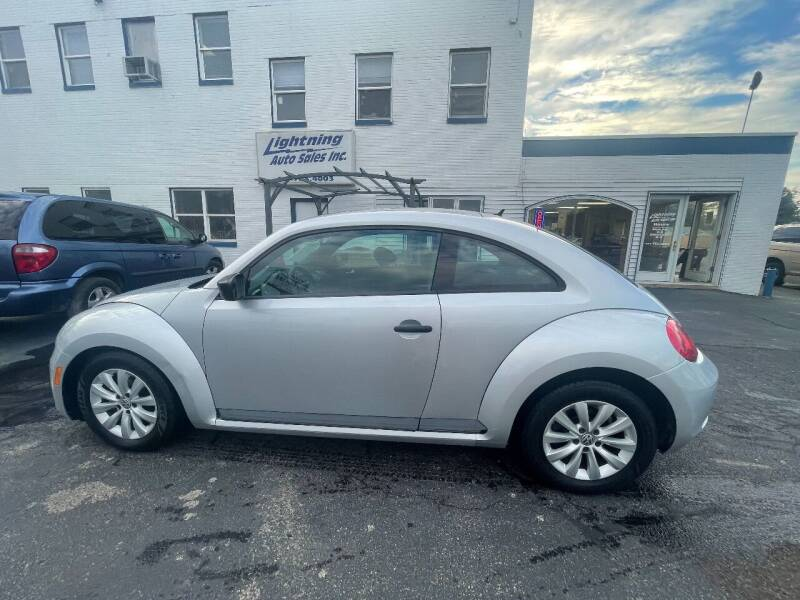 2013 Volkswagen Beetle for sale at Lightning Auto Sales in Springfield IL