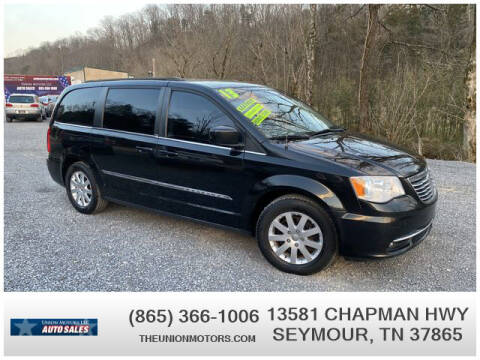 2013 Chrysler Town and Country for sale at Union Motors in Seymour TN