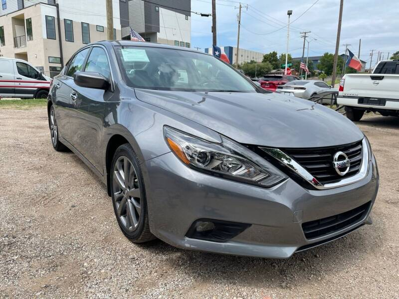 2018 Nissan Altima for sale at LLANOS AUTO SALES LLC - JEFFERSON in Dallas TX