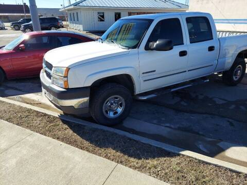 2004 Chevrolet Silverado 2500HD for sale at Bourbon County Cars in Fort Scott KS