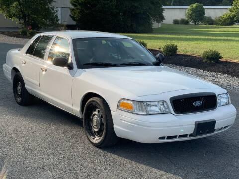 2008 Ford Crown Victoria for sale at ECONO AUTO INC in Spotsylvania VA
