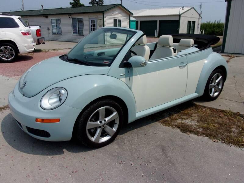 2010 Volkswagen New Beetle Convertible for sale at CHUCK ROGERS AUTO LLC in Tekamah NE