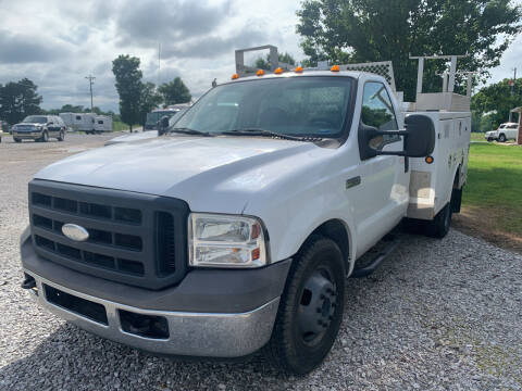 2006 Ford F-350 Super Duty for sale at Champion Motorcars in Springdale AR