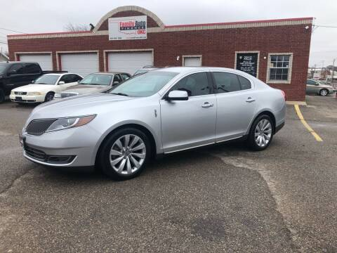 2013 Lincoln MKS for sale at Family Auto Finance OKC LLC in Oklahoma City OK
