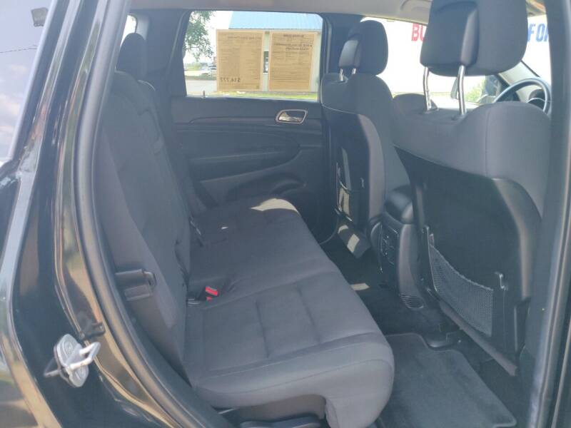 2013 Jeep Grand Cherokee 4x4 Laredo 4dr SUV - Schoolcraft MI
