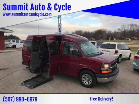 2009 Chevrolet Express Passenger for sale at Summit Auto & Cycle in Zumbrota MN