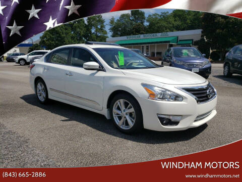 2015 Nissan Altima for sale at Windham Motors in Florence SC