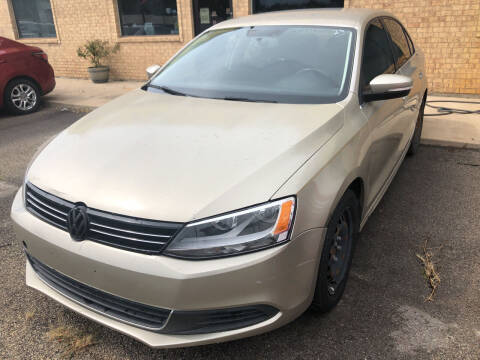 2013 Volkswagen Jetta for sale at Auto Access in Irving TX