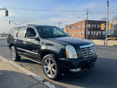 2007 Cadillac Escalade for sale at G1 AUTO SALES II in Elizabeth NJ