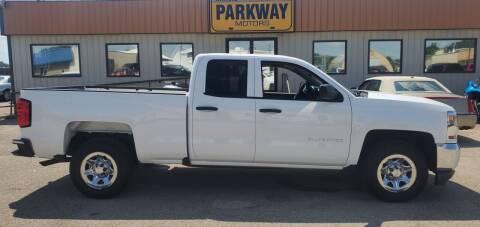 2016 Chevrolet Silverado 1500 for sale at Parkway Motors in Springfield IL