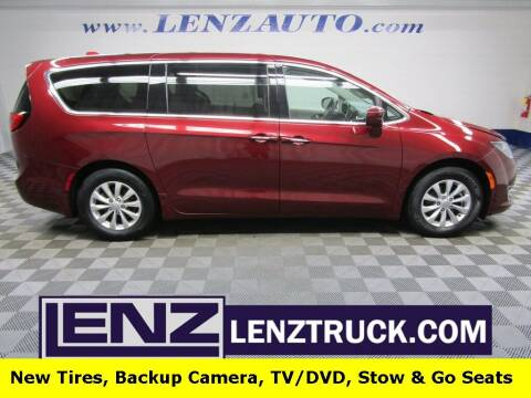 2018 Chrysler Pacifica for sale at LENZ TRUCK CENTER in Fond Du Lac WI