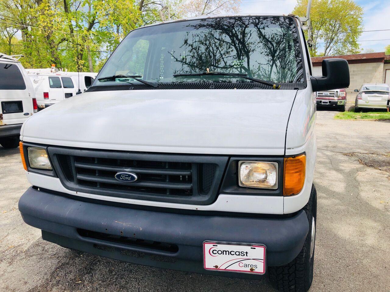 White 2006 FORD E-SERIES CARGO for sale in Bridgeview, IL Photo 5