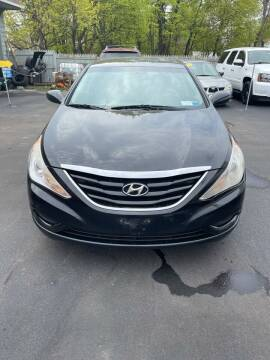 2012 Hyundai Sonata for sale at Right Choice Automotive in Rochester NY