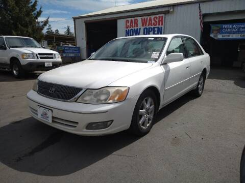 2000 Toyota Avalon for sale at M AND S CAR SALES LLC in Independence OR