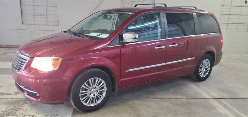 2013 Chrysler Town and Country for sale at Klika Auto Direct LLC in Olathe KS