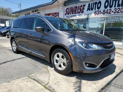 2017 Chrysler Pacifica for sale at Sunrise Auto Outlet in Amityville NY