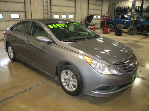 2014 Hyundai Sonata for sale at Granite Auto Sales in Redgranite WI