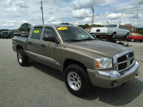 2006 Dodge Dakota for sale at Kelly & Kelly Supermarket of Cars in Fayetteville NC