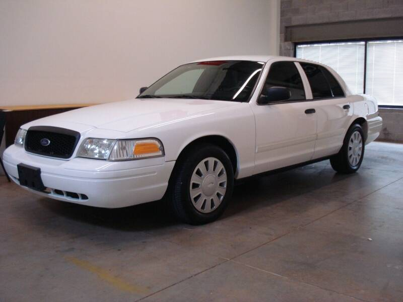 2009 Ford Crown Victoria for sale at DRIVE INVESTMENT GROUP in Frederick MD