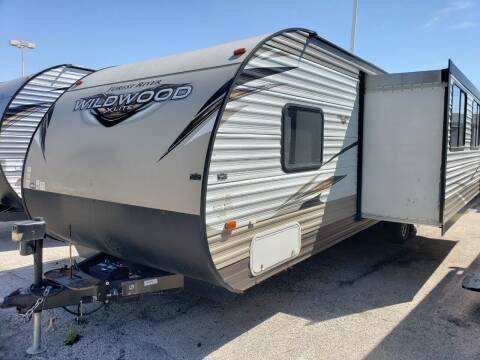 2018 Forest River Wildwood 273QBXL for sale at Ultimate RV in White Settlement TX