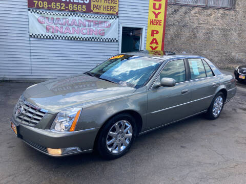 2011 Cadillac DTS for sale at RON'S AUTO SALES INC in Cicero IL
