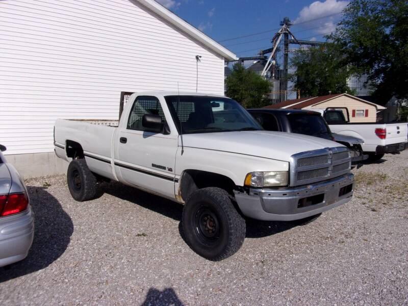 1996 Dodge Ram Pickup 2500 for sale at VANDALIA AUTO SALES in Vandalia MO