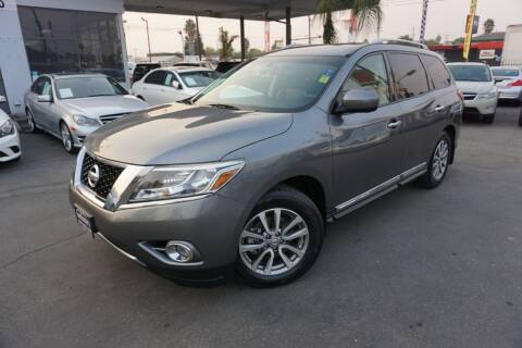 2015 Nissan Pathfinder for sale at Industry Motors in Sacramento CA